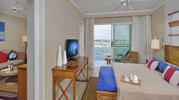 SUITE ROOM THE LEVEL MARINA VIEW