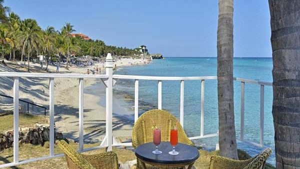 TERRACE-BAR-BEACH