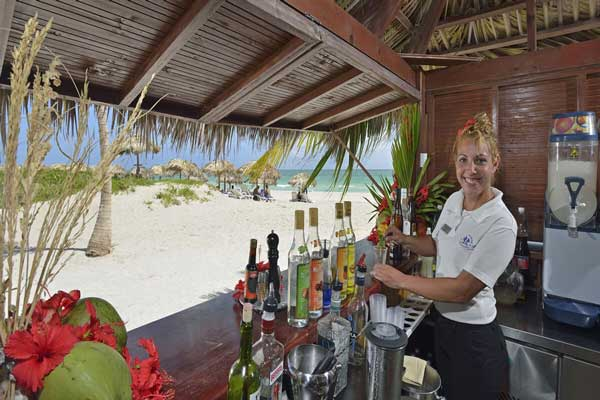 Las brisas beach bar